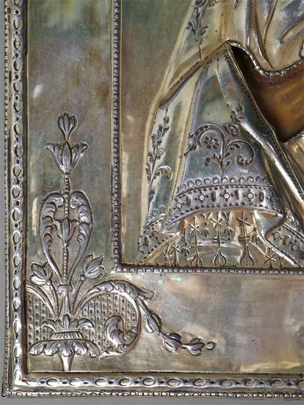 Икона «Пресвятая Богородица Владимирская», дерево (кипарис), левкас, темпера, XVIII век, 31 26,5см. Оклад в стиле ампир, серебро 84 пробы, высокий рельеф, чеканка, гравировка, канфарение, золочение, вес 426г. Санкт-Петербург, 1794 год.