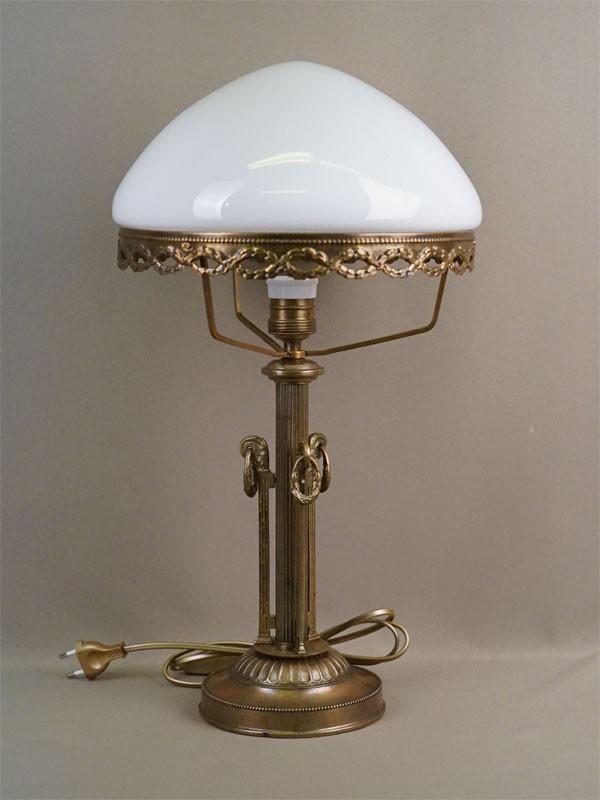 Лампа настольная, бронза, стекло, 50 × 28см