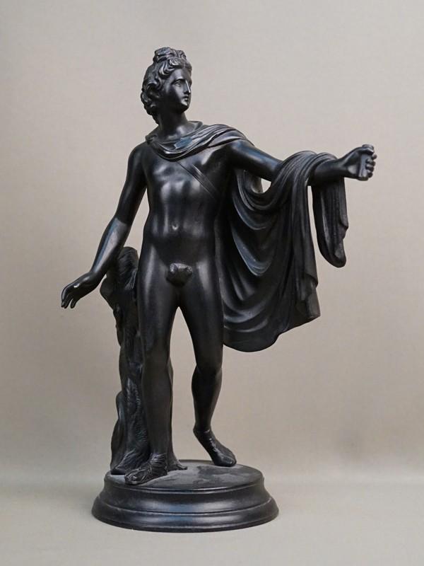 Скульптура «Аполлон Бельведерский», чугун, литье, покраска. Касли, 1900 год, формовщик П.Трофимов, высота 33см.  Атрибуция.