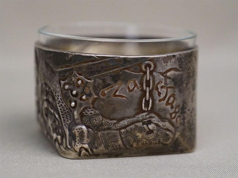 Солонка в русском стиле «Богатырская застава», серебро 84 пробы, стекло, вес серебра 64,26г., диаметр 6,3см