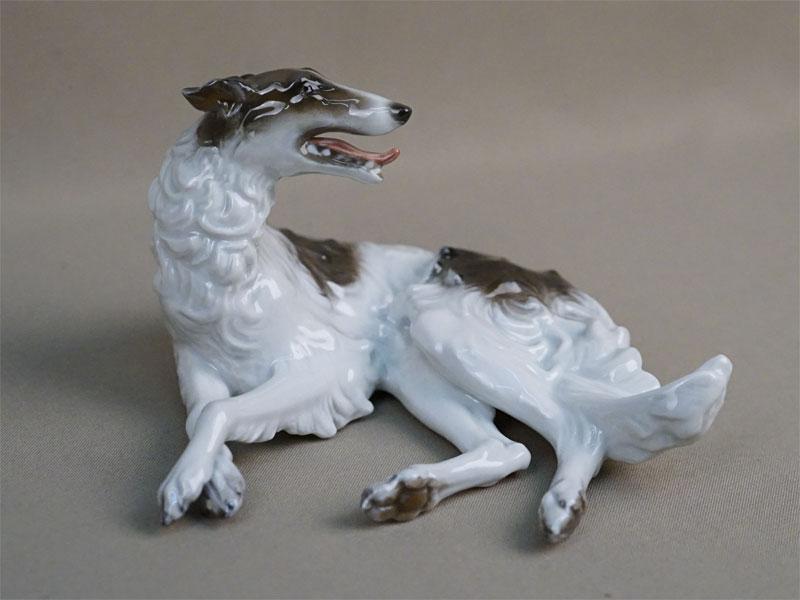 Скульптура «Борзая собака», фарфор, роспись. Германия, Rosenthal, длина 16см, 1950-е годы