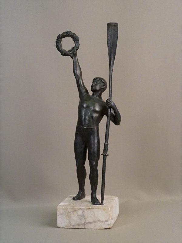 Скульптура «Гребец-олимпиец», шпиатр, камень, начало XX века, высота 36см