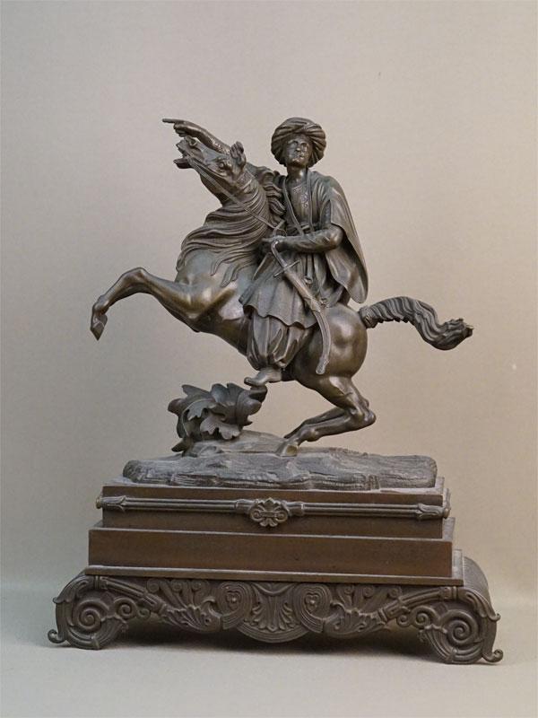 Скульптура «Мусульманский воин на коне», бронза, конец XIX — начало XX века, высота 38,5см