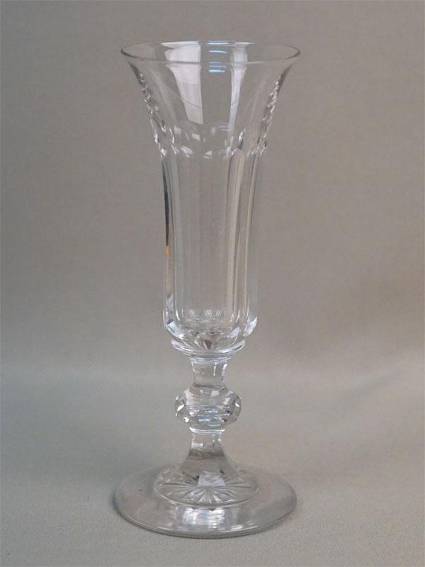 Бокал, стекло, Мальцовский завод, конец XIX века, высота 16,5см (скол)