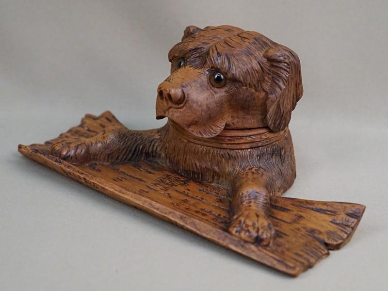 Чернильница «Собака», дерево, резьба, 11 × 27см
