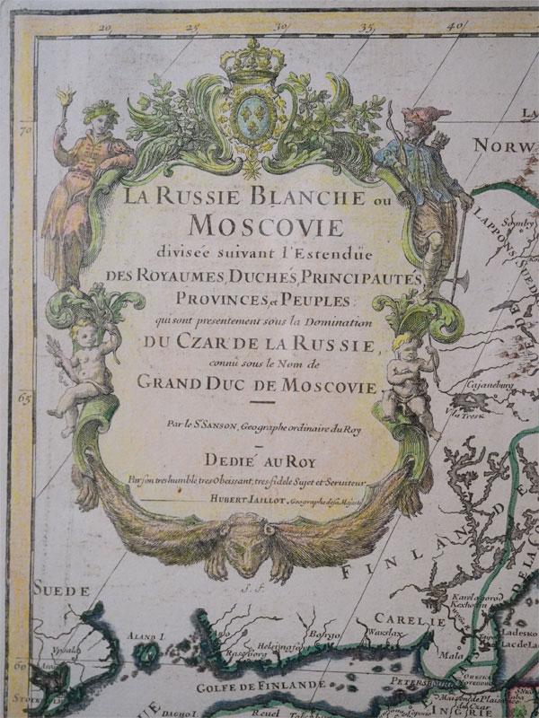 Карта России:  Белая Русь или Московия. / La Russie Blanche ou Moscovie Divisee Suivant l'Estendue Des Royaumes Duches. . . SANSON, N. / JAILLOT, A. H. — Paris, ca. 1685 — 1717. Гравюра на меди (офорт, резец), бумага верже, подкраска акварель. – 50,7 × 75,8 cм. – 62 × 82 см. В под стеклом в паспарту.  Обзорная карта Европейской России и части Сибири до р. Пясина с указанием границ адм. единиц, поделенная на графства, княжества, герцогства и т.п. Составил французский картограф Алексис-Юбер Жайо по материалам королевского географа Николя Сансона.