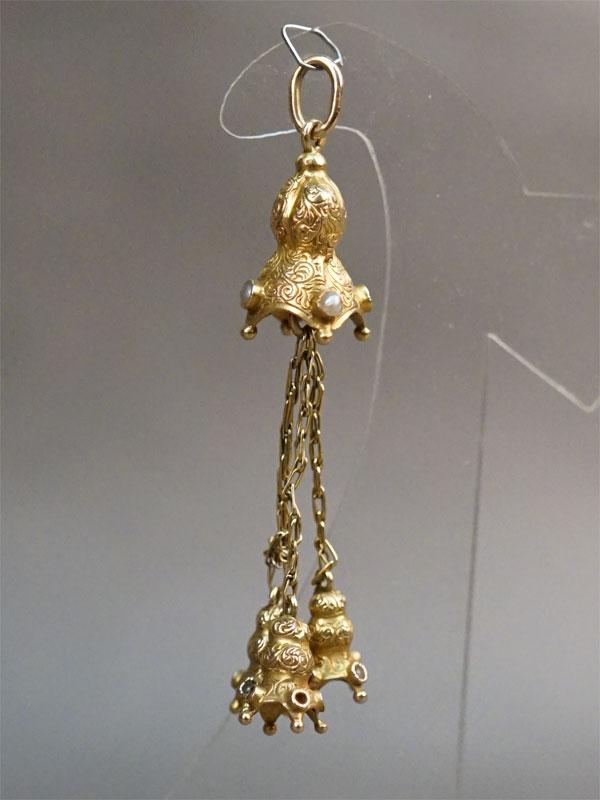 Подвеска, золото 56 пробы, природный жемчуг, общий вес 4,88г.