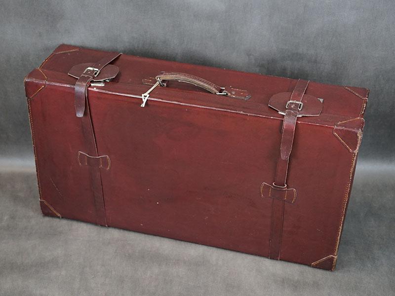 Чемодан, кожа, металл никелированный. Западная Европа, 1930-е годы, 46 × 80 × 21см