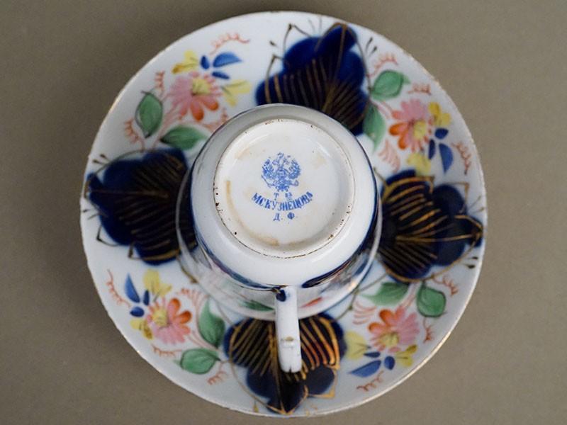 Чайная пара, фарфор, роспись, золочение. Завод М.С.Кузнецова, вторая половина XIX века