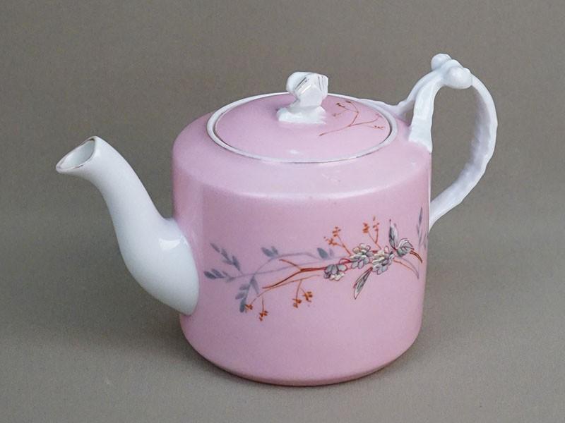 Чайник заварочный, фарфор, крытье, роспись, золочение. Завод Гарднера, конец XIX века