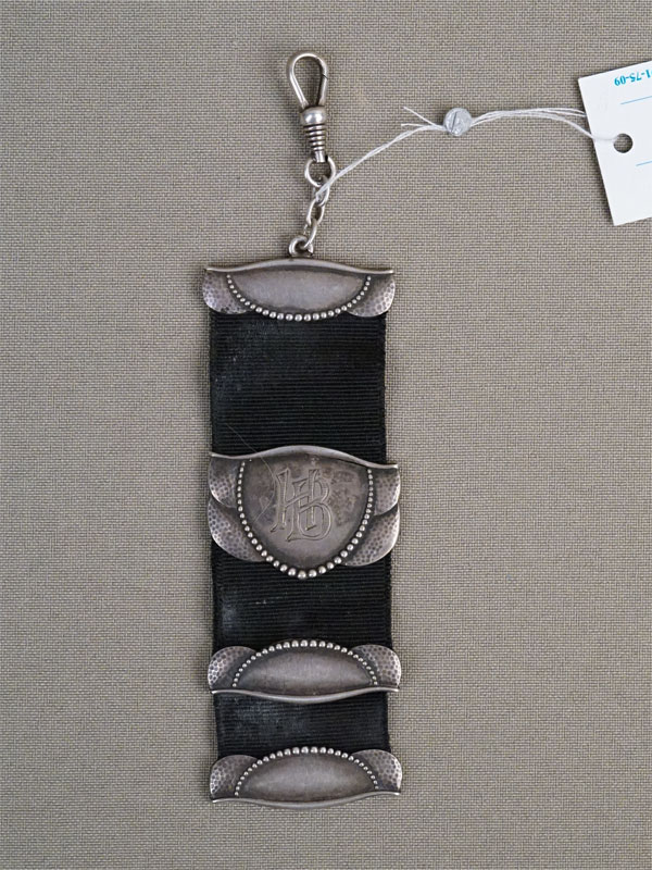 Шатлен, серебро 800 пробы, ткань, длина 12см