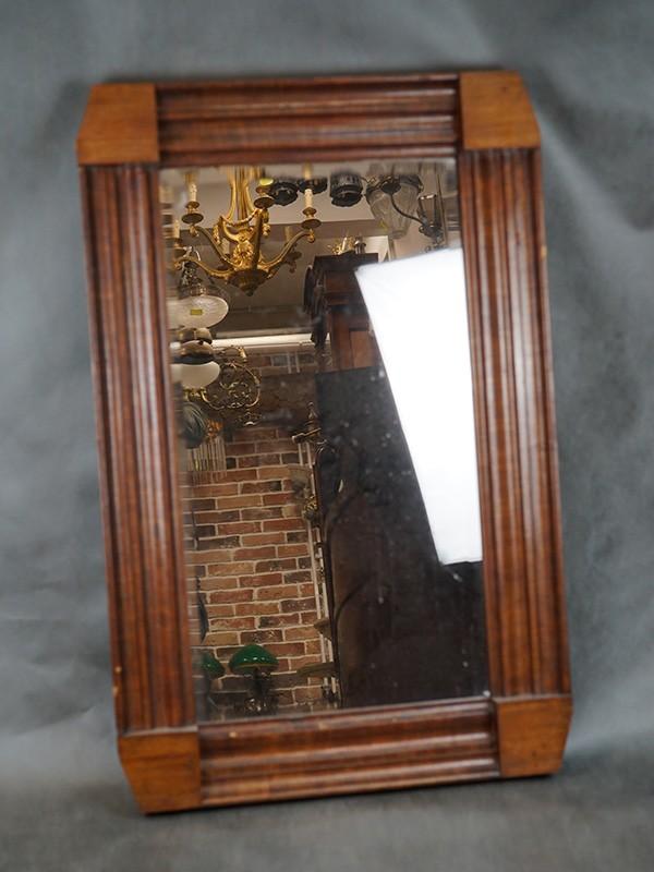 Зеркало настенное в стиле ампир, красное дерево. Россия, первая половина XIX века, размер — 102 × 56см (углы спилены)