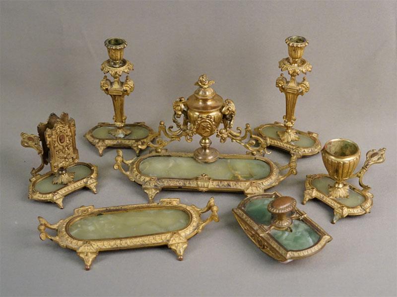 Письменный прибор дамский (7 предметов), бронза, золочение, оникс, конец XIX века