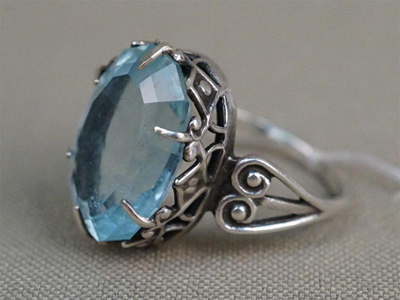 Кольцо, серебро 875 пробы, общий вес 4,45г. Вставки: аквамарин («Овал» — 9,00ct)