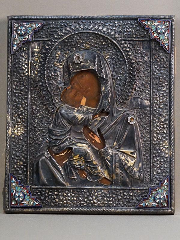 Икона «Пресвятая Богородица Владимирская», дерево, левкас, темпера, оклад серебро 84 пробы, накладки латунь, эмаль. Размер: 31,5 ×  27см. Конец XIX начало XX века