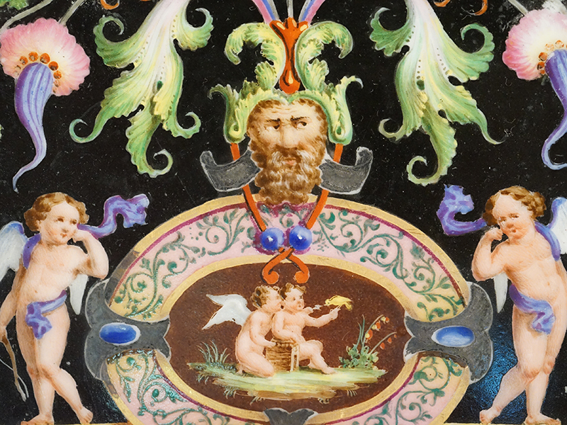 Тарелка «Гротески», фарфор, роспись, золочение. Западная Европа, XIX век, диаметр 23см (2 скола)